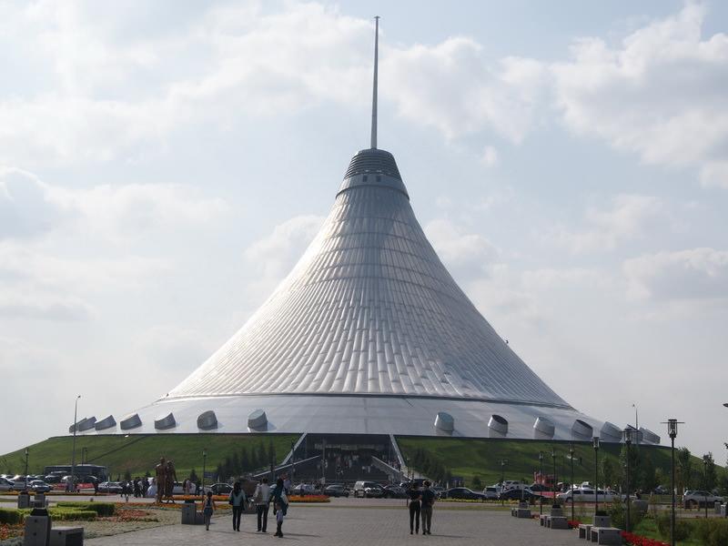 Развлекательный центр Хан-Шатыр в Астане
