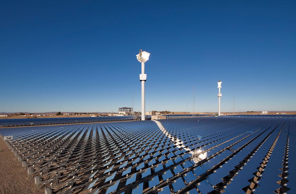 Калифорния перейдет на технологии возобновляемой энергетики