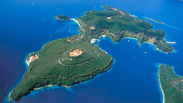 Остров Скорпиос в Греции