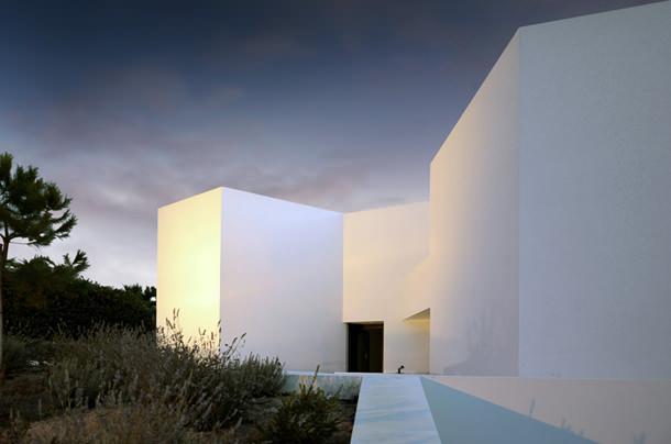 Туристический комплекс в Португалии от Montenegro Architects
