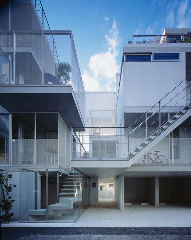 Небольшой квартирный комплекс в Японии. Проект SALHAUS | фото