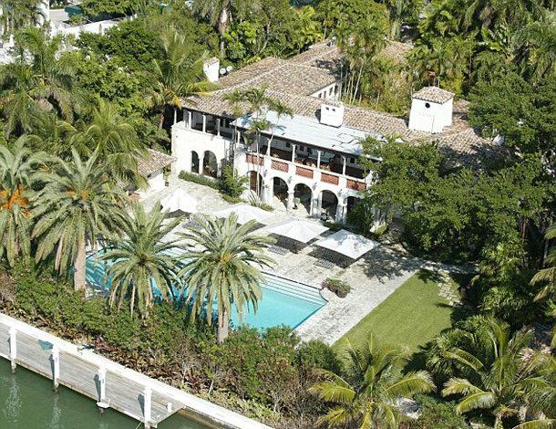 Фил Коллинз купил бывший особняк Дженнифер Лопес в Майами