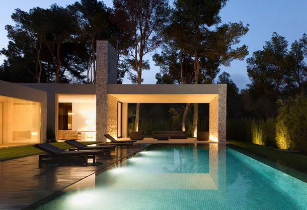 Вилла с бассейном в Испании Casa el bosque | фото, инфо