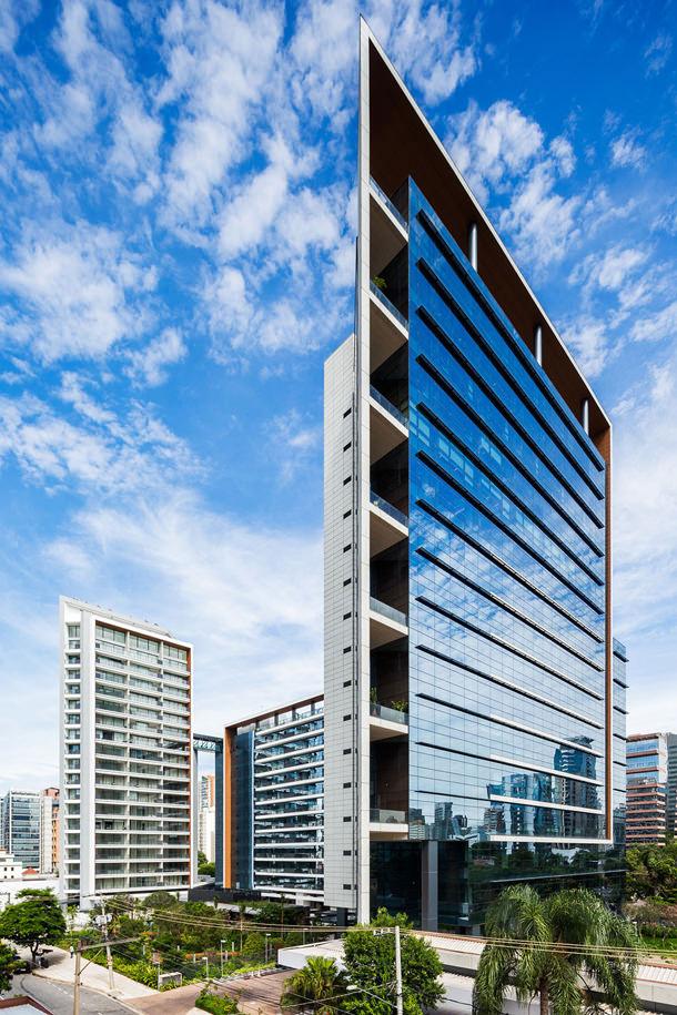 Жилой комплекс в Бразилии от Aflalo & Gasperini Arquitetos