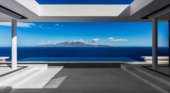 Дом с видом на остров Кефалиния в Греции | фото, обзор