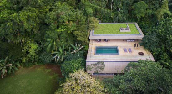 Дом в джунглях Бразилии. Проект Studio MK27