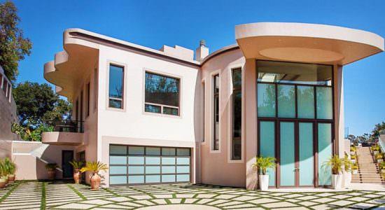 Бывший дом Рианны в Пасифик Палисадес