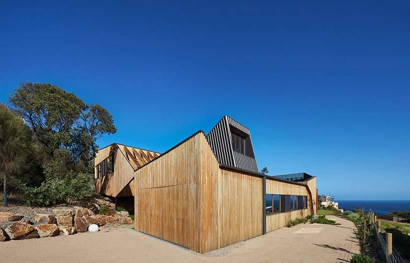 Дизайн экстерьера дома от BKK Architects
