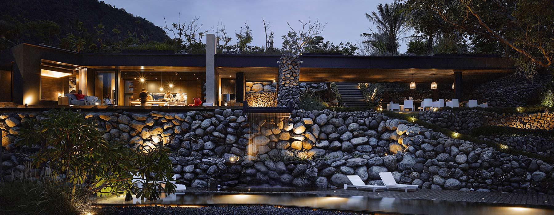Каменная кладка дома