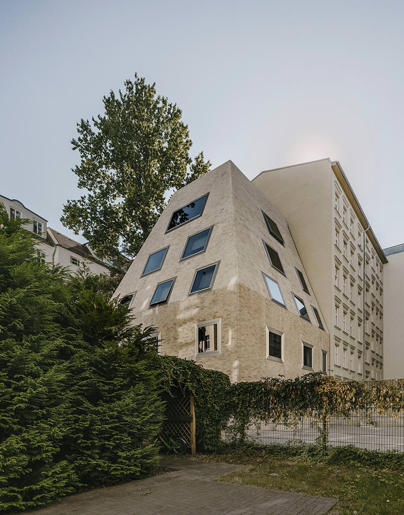 Пренцлауэр Берг в Берлине. Новый дом от Barkow Leibinger