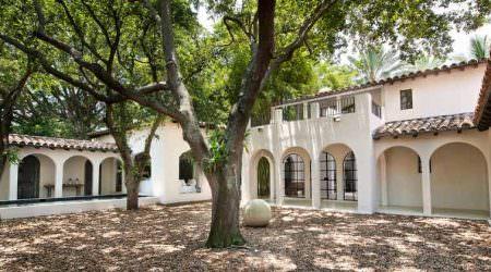Кельвин Кляйн продал дом в Майами спустя два года   цена