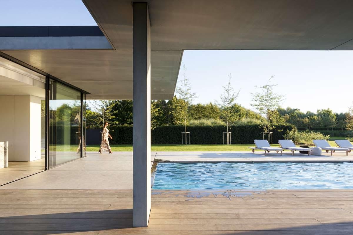 Вилла с частным бассейном