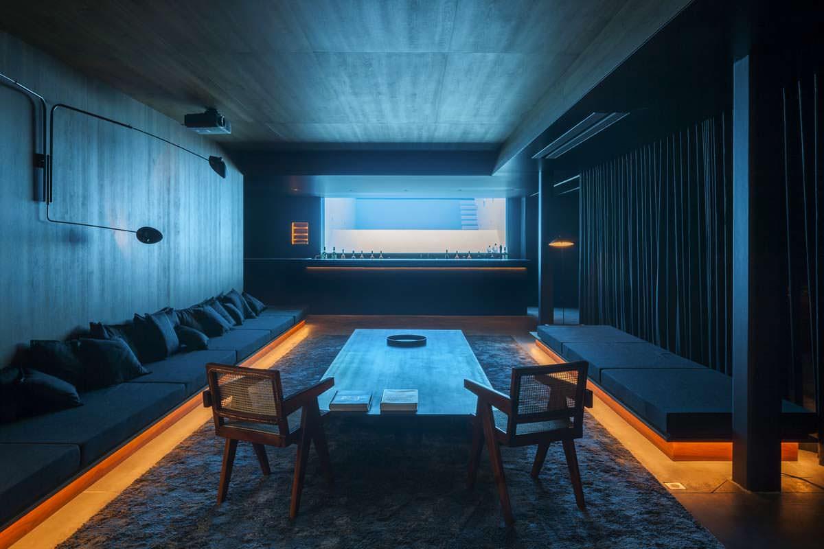 Собственный бар в подвале