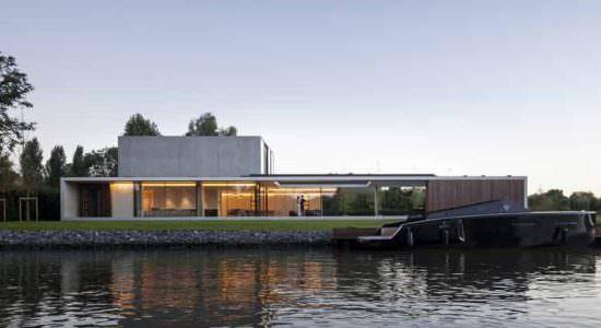 Шикарная вилла у реки Лейе Residence VDB | инфо, фото