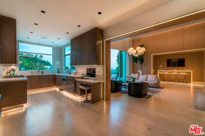 Фото | Дизайн кухни с подсветкой