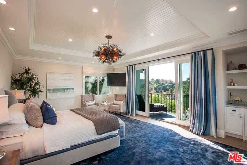 Фото | Дизайн спальни с балконом