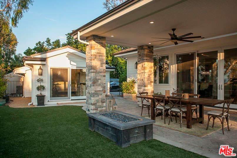 Фото | Задний двор дома в Калифорнии