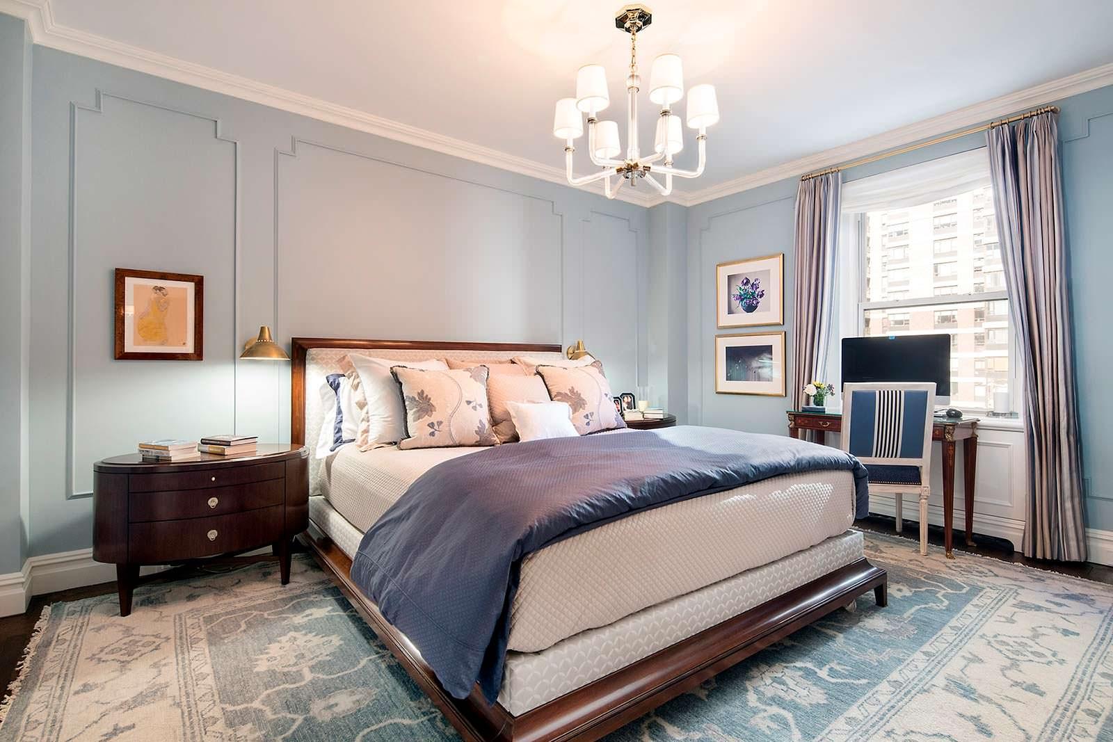 Одна спальня в квартире. Аристократический дизайн