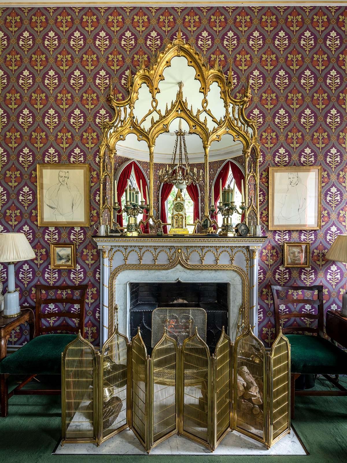 Замок семьи Гиннесс 18-века в Ирландии
