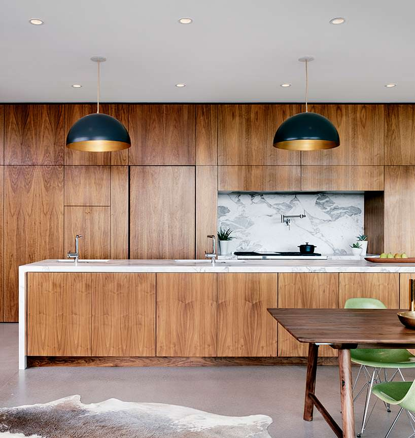 Дизайн кухни: мрамор и дерево. Проект Hazelbaker Rush