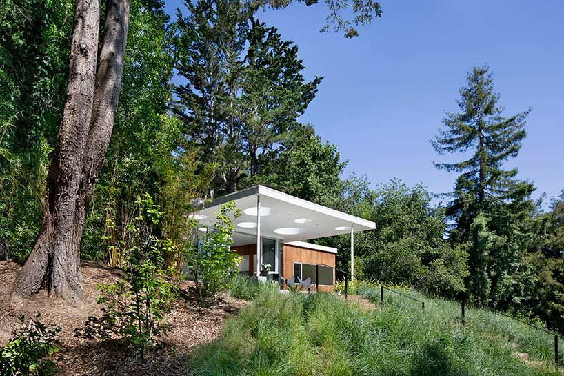 Фото | Гостевой дом среди деревьев в Калифорнии