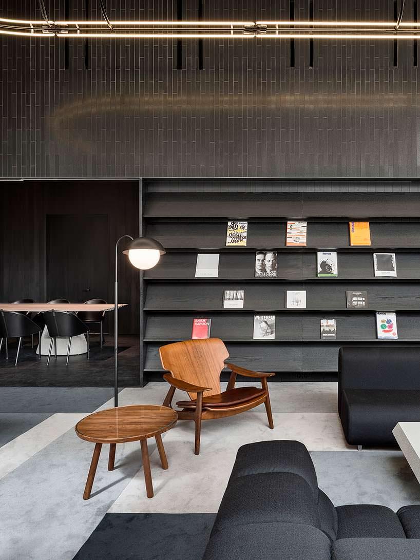 Дизайн библиотеки в небоскребе 56 Leonard на Манхєттене