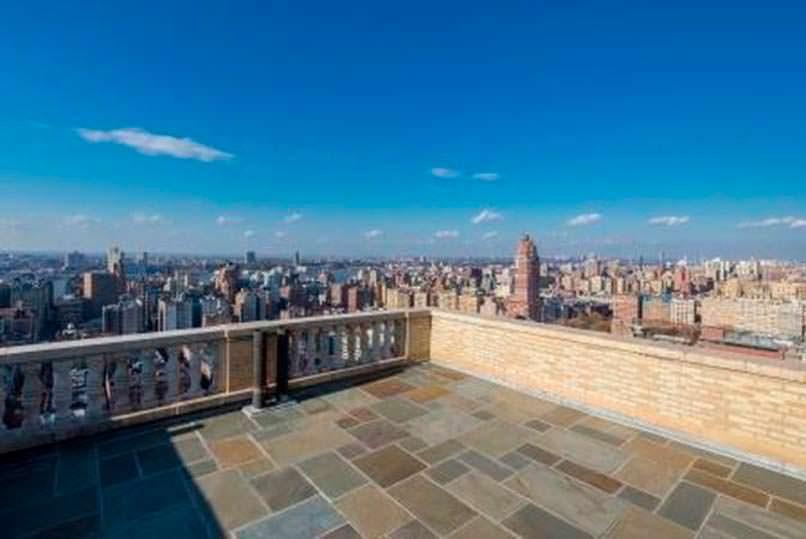 Балкон квартиры с видом на Central Park в Нью-Йорке