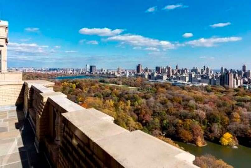 Вид на Центральный Парк с балкона квартиры Деми Мур