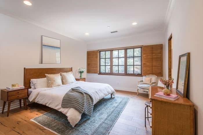 Фото | Дизайн уютной спальни в доме Лорен Конрад