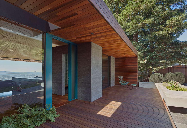 Крыльцо в тени. Проект Terry & Terry Architecture