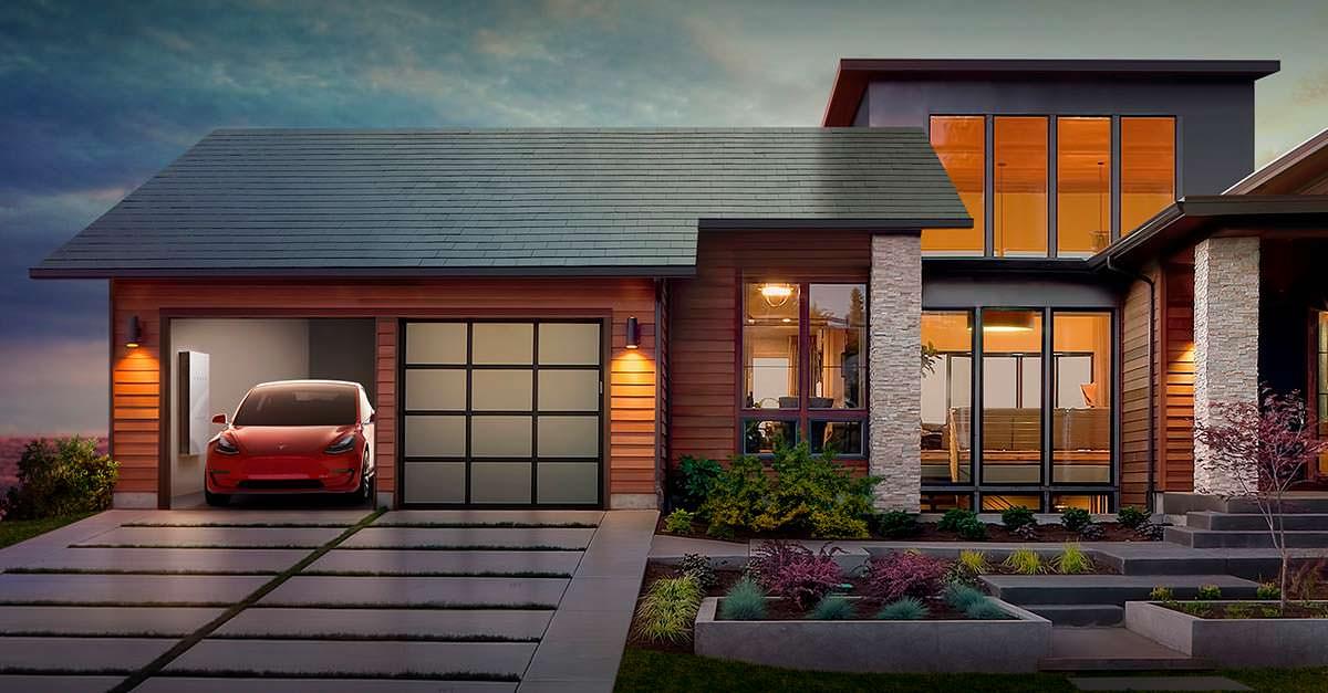Солнечная кровля Tesla Solar Roof: цена $200 за 1 кв.м.
