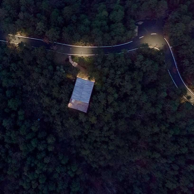 treehouse M: дом над долиной в Китае от lanD studio
