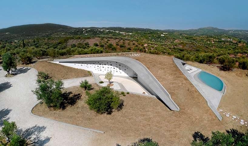 Villa Ypsilon в Греции. Футуристический дизайн LASSA