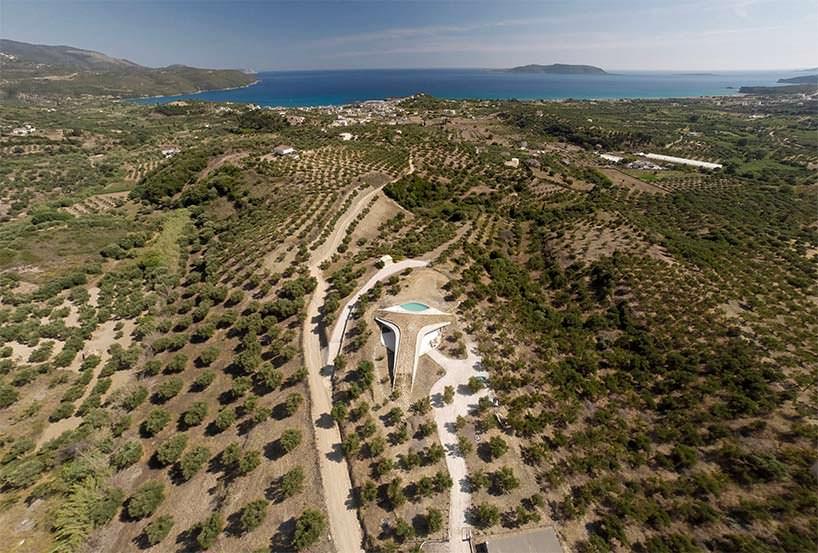 Вилла в оливковой роще в Греции. Проект LASSA