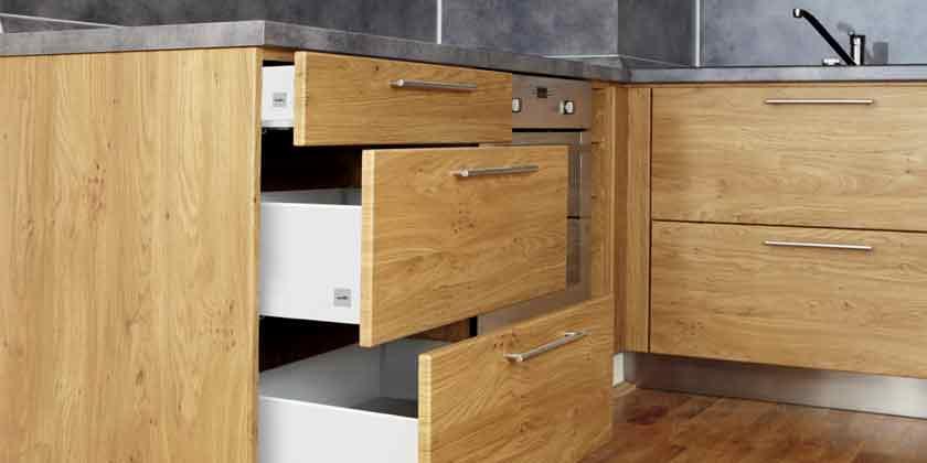 Завод «Металлист»: мебельная фурнитура и скобяніе изделия