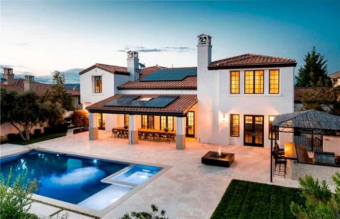 Дом в итальянском стиле модели Кайли Дженнер в Калифорнии