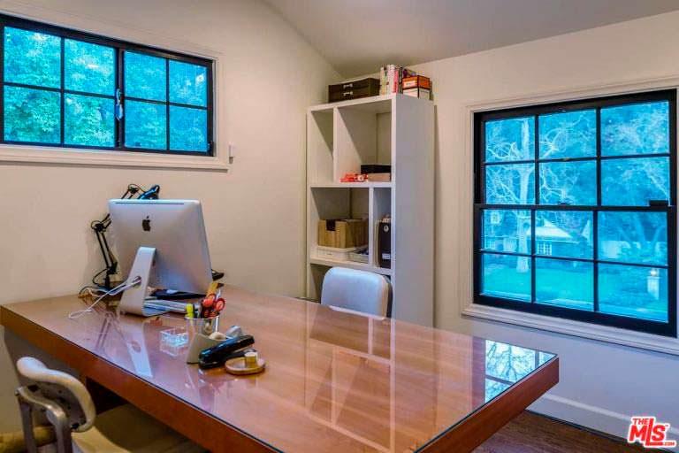 Уютный кабинет в доме актрисы Кейт Уолш