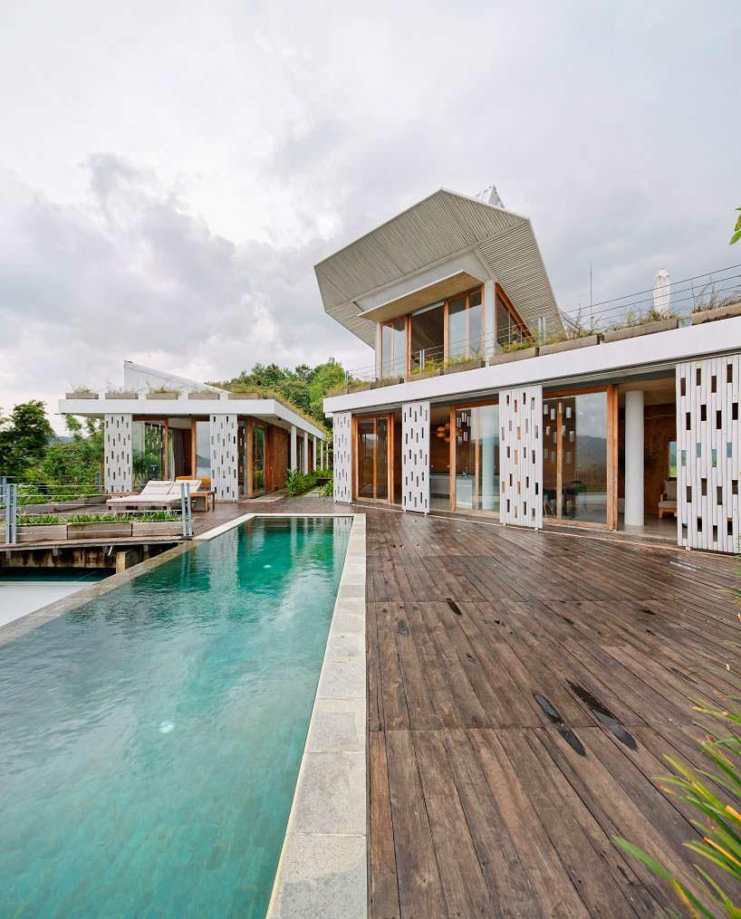 Дом на холме с бассейном на острове Ломбок. Проект BPA