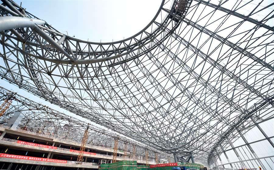 Металлический каркас терминала аэропорта в Пекине от Zaha Hadid