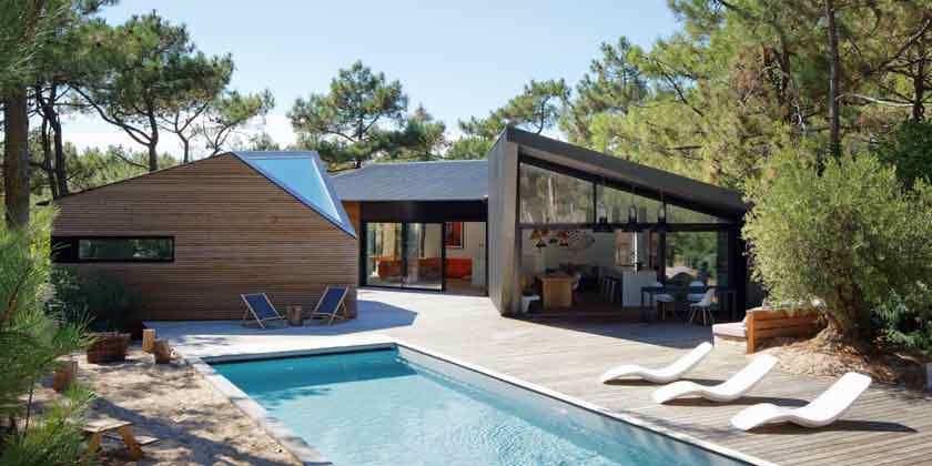 Загородная вилла с бассейном во Франции от Atelier Du Pont
