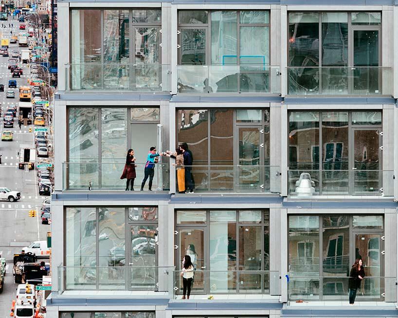 Террасы квартир комплекса 251 1st в Бруклине, Нью-Йорк