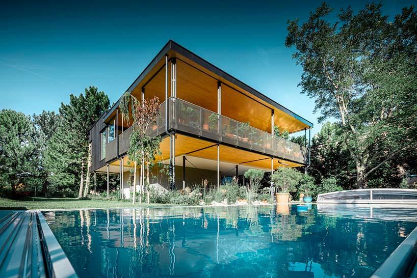 House T: дом садовода с бассейном в Австрии