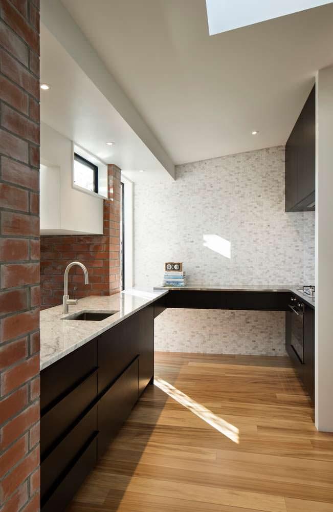 Дизайн кухни в стили минимализм от Matter