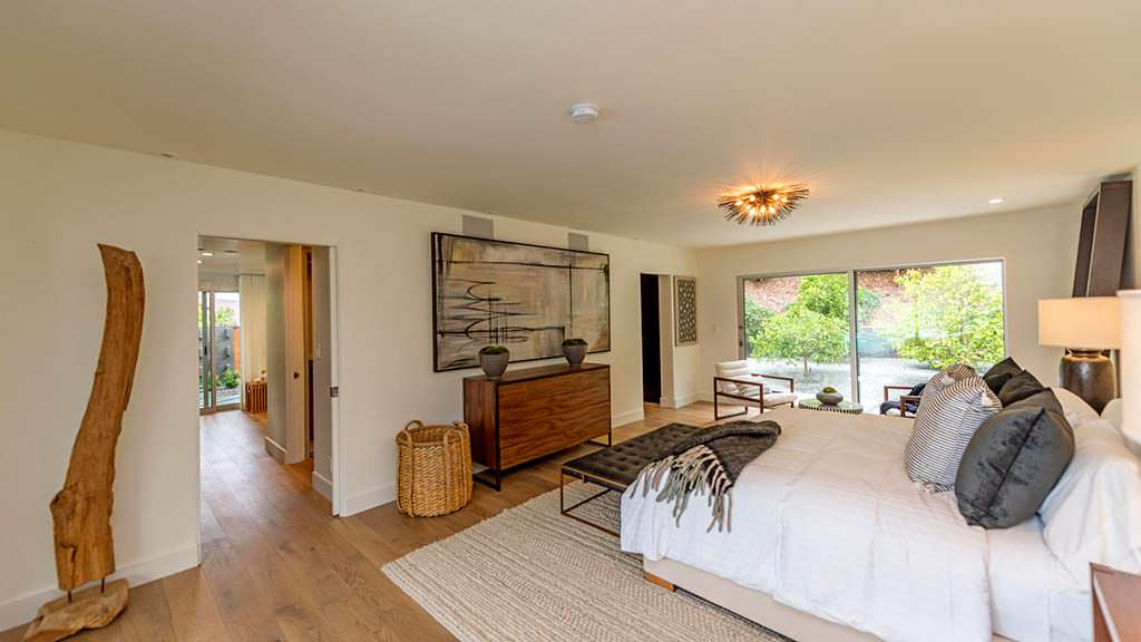Предметы искусства в дизайне спальни