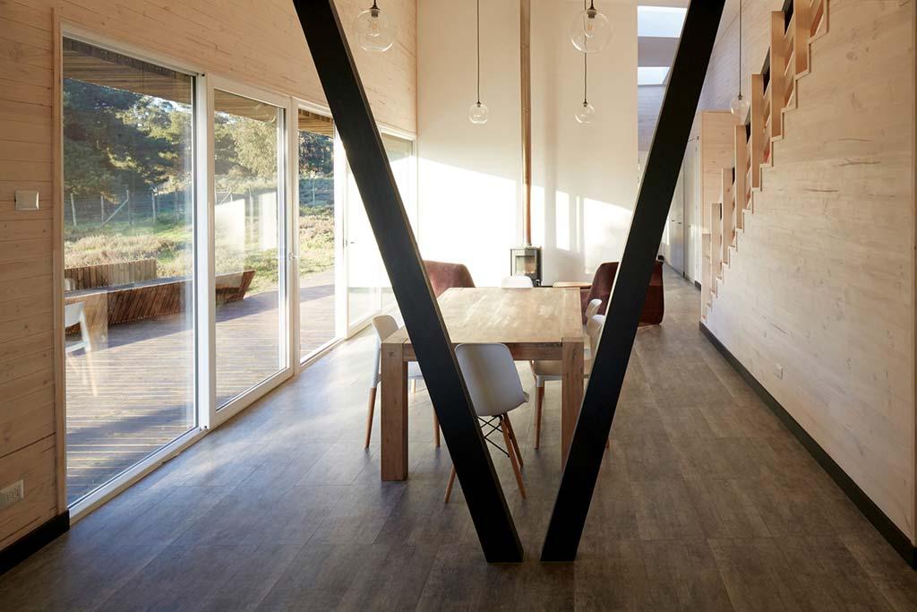 Интерьер дома в стиле хай-тек от Verónica Arcos