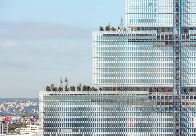 160-метровое здание «Трибунала де Пари» в Париже