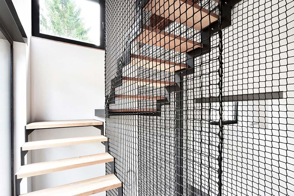 Лестничная площадка частного дома. Дизайн URBAN architectes