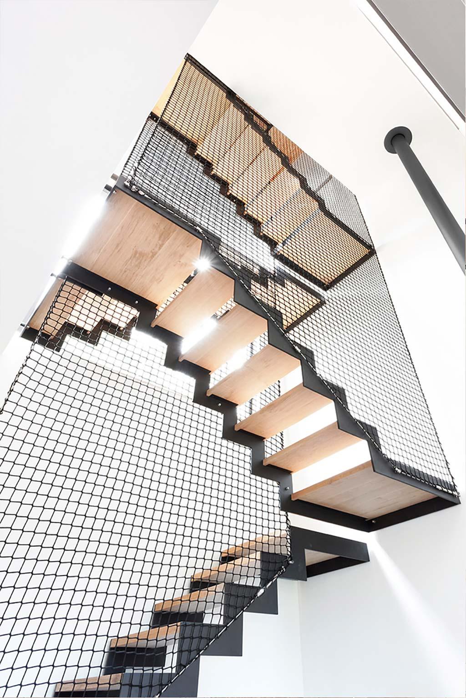 Лестничная площадка частного дома от URBAN architectes