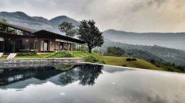 Шикарная вилла в Индии с видом на горы от Spasm Design | фото