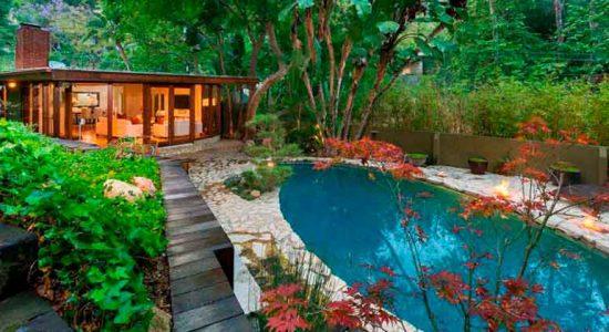 Актриса Анна Фэрис продаёт дом в Голливуде | фото и цена